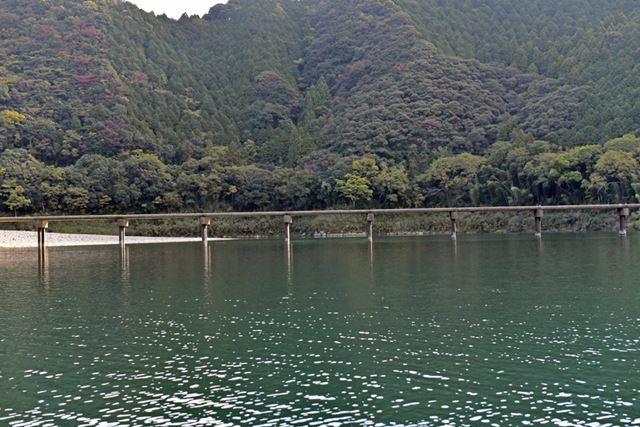 四万十川の下流から2番目にある三里の沈下橋