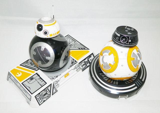 「BB-8」と「BB-9E」の頭部を入れ替えて、それぞれの胴体に乗せることも! 映画では見られない姿で面白い