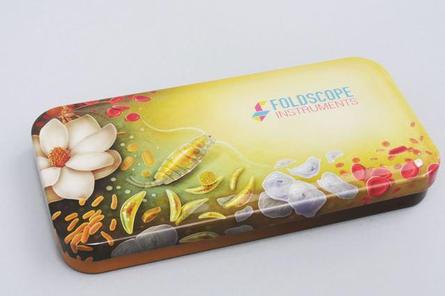「Foldscope Individual Deluxe Kit」のケース
