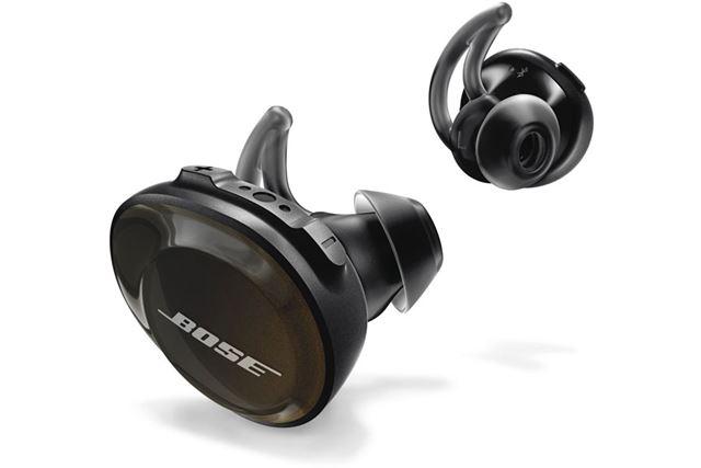 2017年11月17日に発売されたSoundSport Free wireless headphones