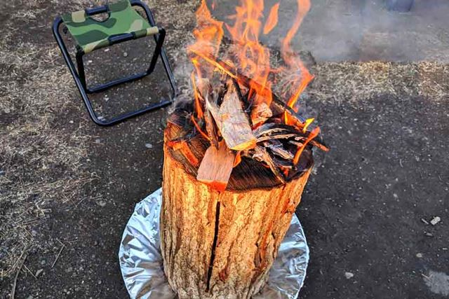 丸太にも火が燃え移り、もう安心のファイヤーレベルです