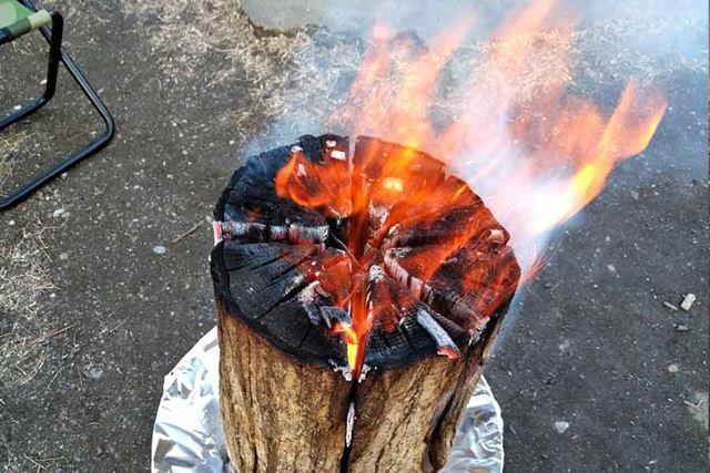 火はかなり強く燃え上がります