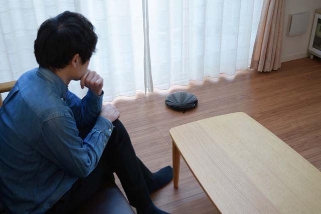 テレビを見ながらの使用は現実的ではないとはいえ、外出中の使用が主であればそれほど不満は感じないはずだ