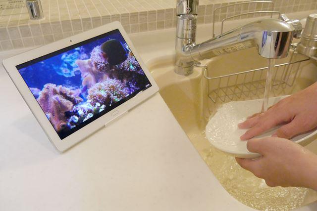 キッチンや洗面所など水周りでも気にせず使える。