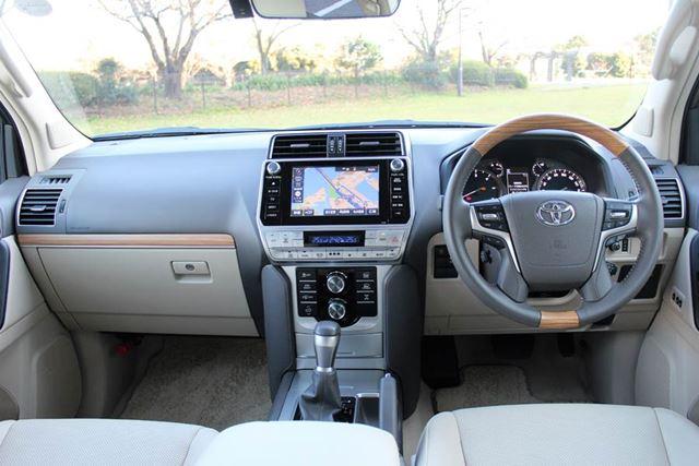 トヨタ 新型「ランドクルーザープラド」のインパネ