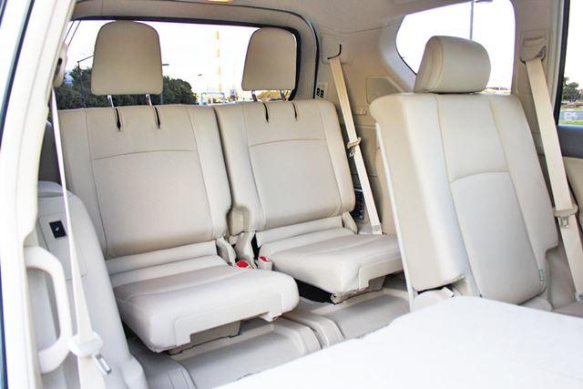 トヨタ 新型「ランドクルーザープラド」の3列目シート