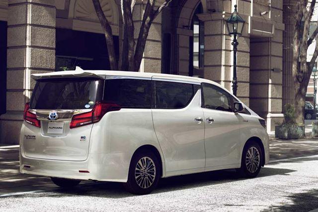 トヨタ 新型「アルファード」