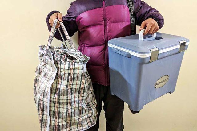 大量の荷物を運ぶのはひと苦労