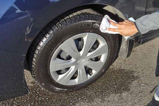 これも使用前にタイヤの汚れを落とす必要があるので、まず水洗いしました