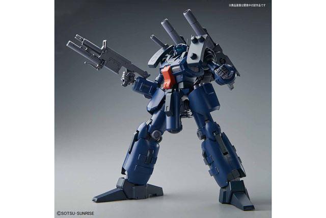 本機専用ビーム・ライフルを精密なディテールで立体化し、グレネードはトリガーとともに再現されている