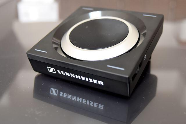 これが、ゼンハイザーの「GSX 1000」。電源は、USB接続によるバスパワー方式を採用する