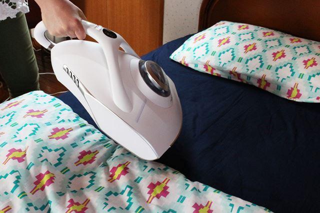 ただ、枕を掃除機がけしようと本体を浮かせたり、移動させる時には重さを感じました