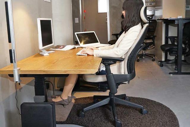 足の高さはフットレストを置いてラクな姿勢にしてあげることで疲れの軽減につながります