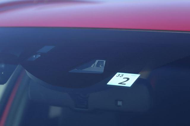 ホンダ 新型「ヴェゼル」には、全グレードに安全運転支援システム「HondaSENSING」が搭載されている
