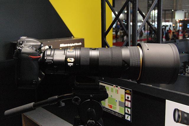 AF-S NIKKOR 180-400mm f/4E TC1.4 FL ED VRは、プロ向けの高性能な望遠ズームレンズ
