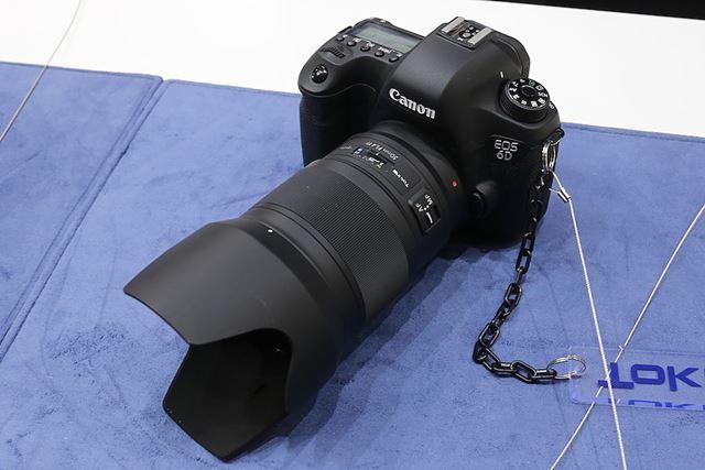 フルサイズ一眼レフ用の新シリーズoperaの第1弾製品、opera 50mm F1.4 FF