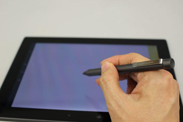10.1インチの大画面を生かし、文字の手書き入力は行いやすい。変換精度やレスポンスも良好