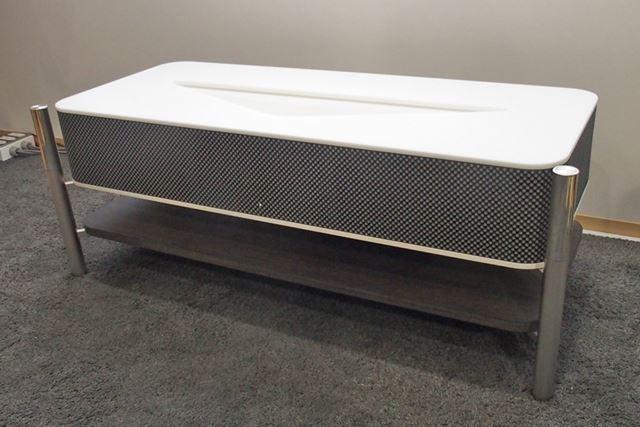 ソニーの「LSPX-A1」。4月1日から受注生産の形で販売がスタートする