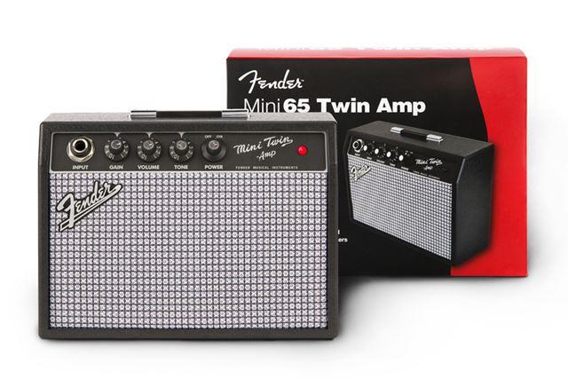 そのほか、9V電池駆動のかわいいミニアンプ「MINI '65 TWIN-AMP」も
