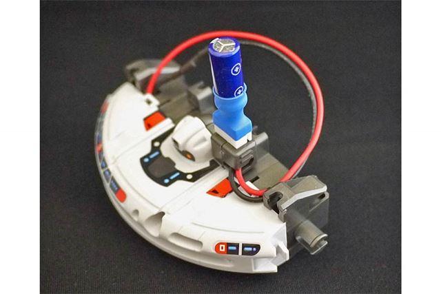 電池ボックスで充電すると、約5秒で1回の走行分が充電できます
