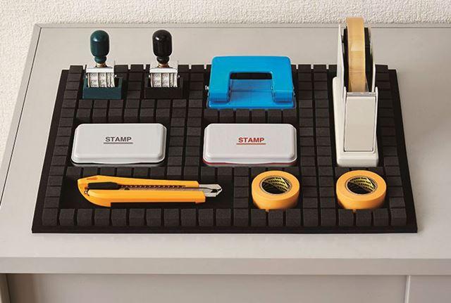引き出しの中ではなく、棚の上に置いて備品を管理するのにも適している