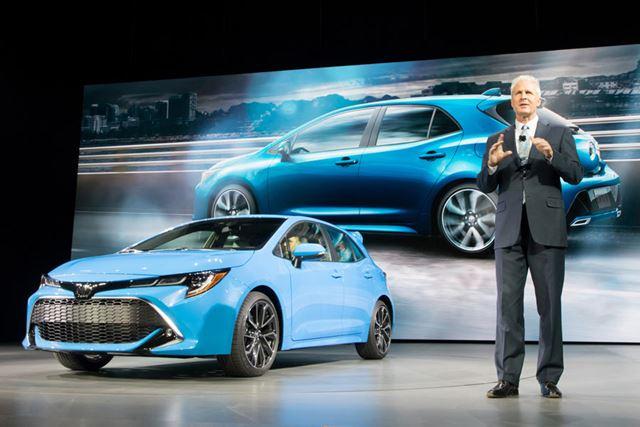 2018年3月、ニューヨーク国際自動車ショーで発表されたトヨタ 新型「カローラハッチバック」。