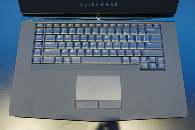 「NEW ALIENWARE 15」