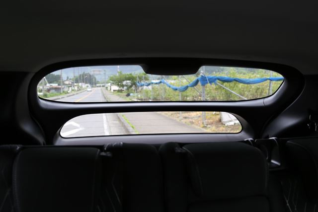 三菱「エクリプスクロス」は、リアデザインをみると後方視界は悪そうだが、実際にはとても見やすい。