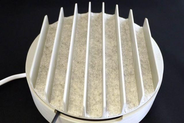 溝の厚さは約2cmまで対応。7つの溝があります