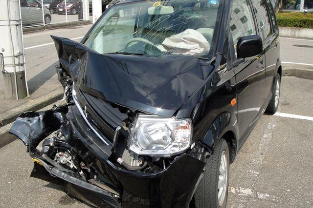 残価設定ローンで買ったばかりのクルマが全損事故に遭うと大変なことに…(写真はイメージ)