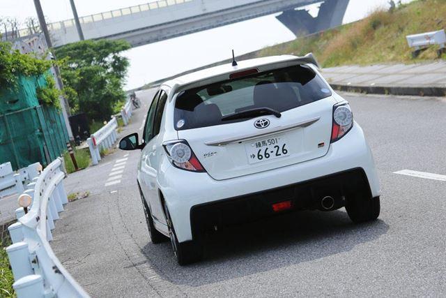 トヨタ「ヴィッツ GR」の試乗走行イメージ