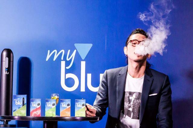 新製品発表会のトークセッションに登場した俳優・窪塚洋介さん。普段は紙巻きタバコユーザーだという