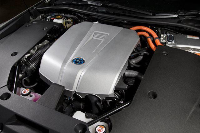 新型「クラウン」に搭載されている3.5L V6ハイブリッドエンジン