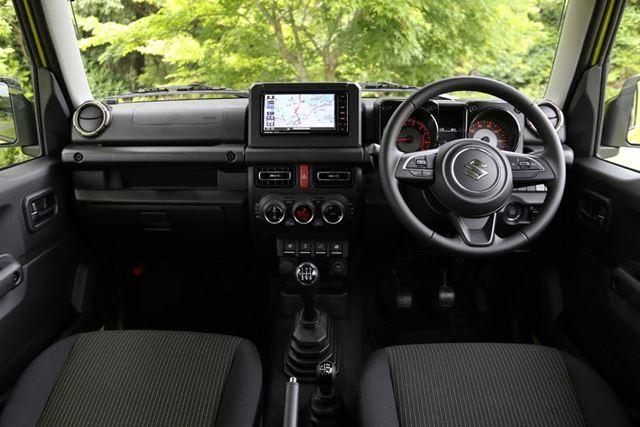 スズキ 新型ジムニーのインパネは、近年のスズキの新型車に共通する洗練されたデザインが採用されている
