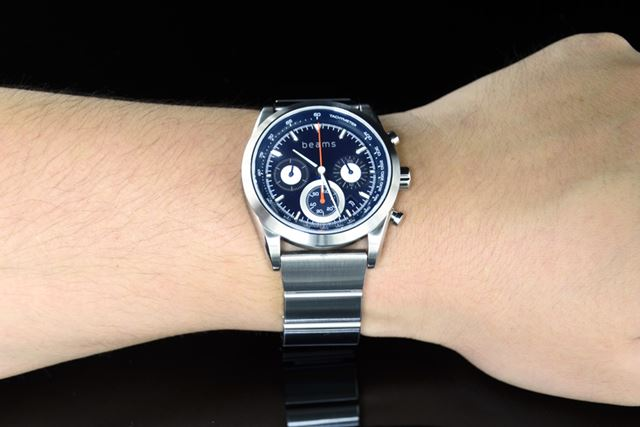 「wena wrist pro」(WB-11A/S)に「Chronograph Solar Silver -beams edition-」をセット