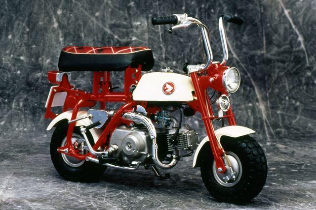 1967年に日本国内で発売された、初代モデル「Z50M」