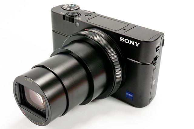 24-200mm高倍率ズームレンズ搭載の「RX100M6」