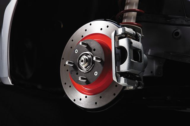 ホンダ「S660 モデューロX」に採用されているドリルドディスクローターとスポーツパッド