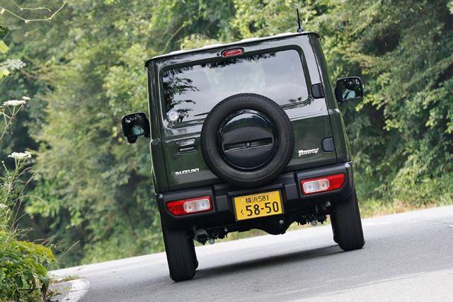 スズキ 新型「ジムニー」の舗装路における走行イメージ