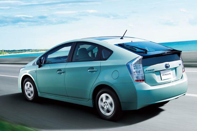 トヨタ 3代目「プリウス」には1.8Lエンジンが搭載されている