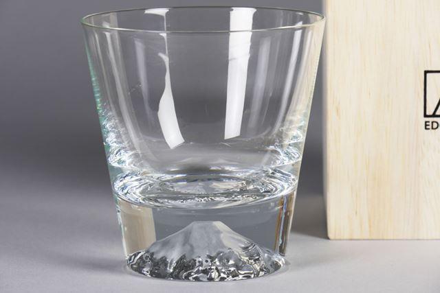思わず衝動買いした「富士山グラス」