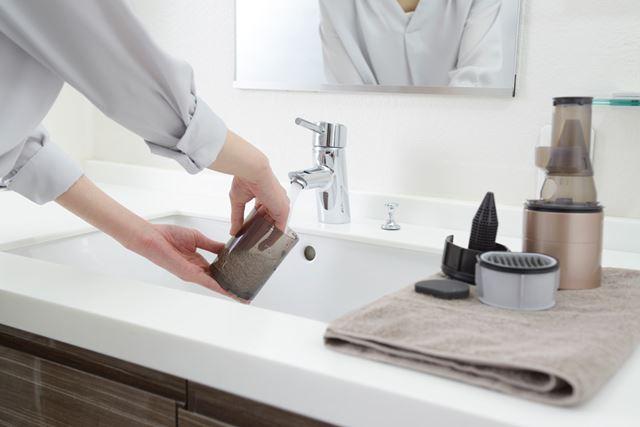 ダストボックスのパーツは全て水洗いができ、キレイにお手入れできます