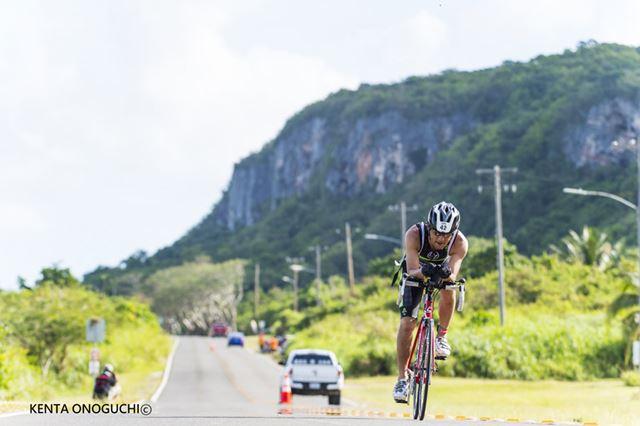 スイム、バイク、ランの3種目を続けて行う過酷なスポーツ「トライアスロン」の魅力に迫る