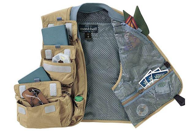17個のポケットは収納力抜群なので、これ1着あれば身軽な装備で出かけることができそう