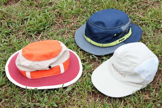 帽子をかぶるだけで、熱中症のリスクが下げられます! 前方だけでなく、後方にもツバのあるハットがベスト