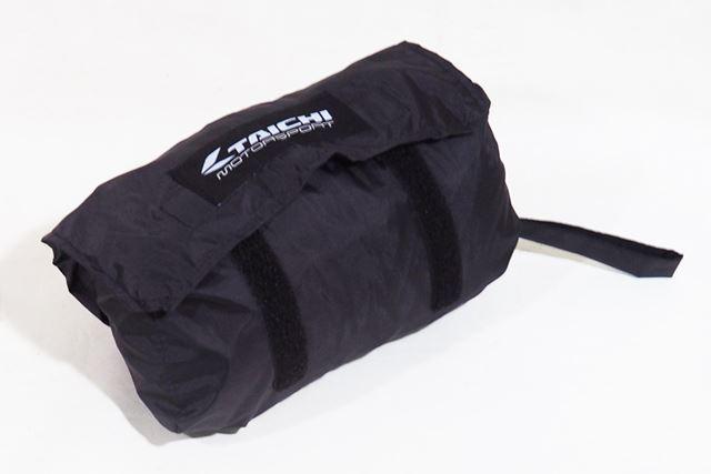 収納バッグも付属。収納サイズは24(幅)×8(高さ)×9(奥行)cm