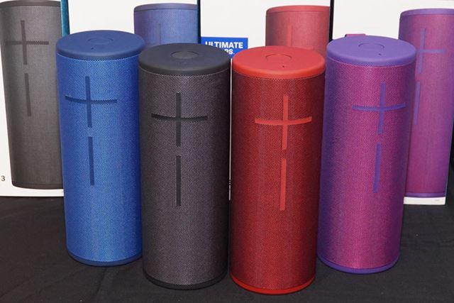 店頭販売モデルのカラーバリエーションは全4色