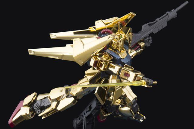 """ゴールドコーティングを施すことで""""金色""""を表現"""