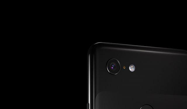 「Pixel 3」と「Pixel 3 XL」は背面に1基のカメラを搭載するシングルカメラ仕様