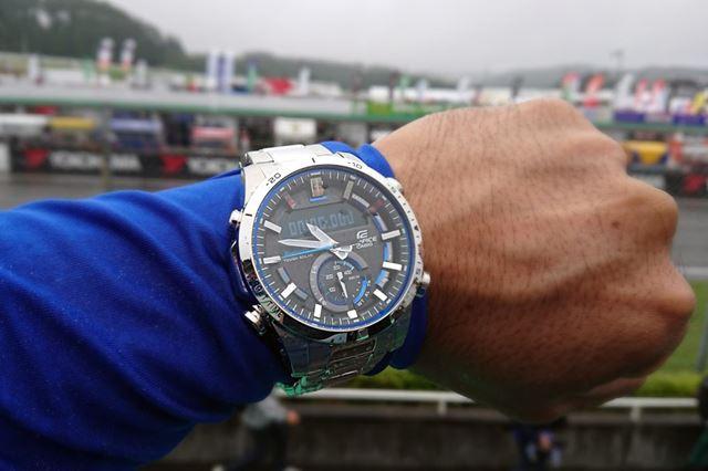 この時計と出合ったことで、腕時計をする生活が再スタートしたのです